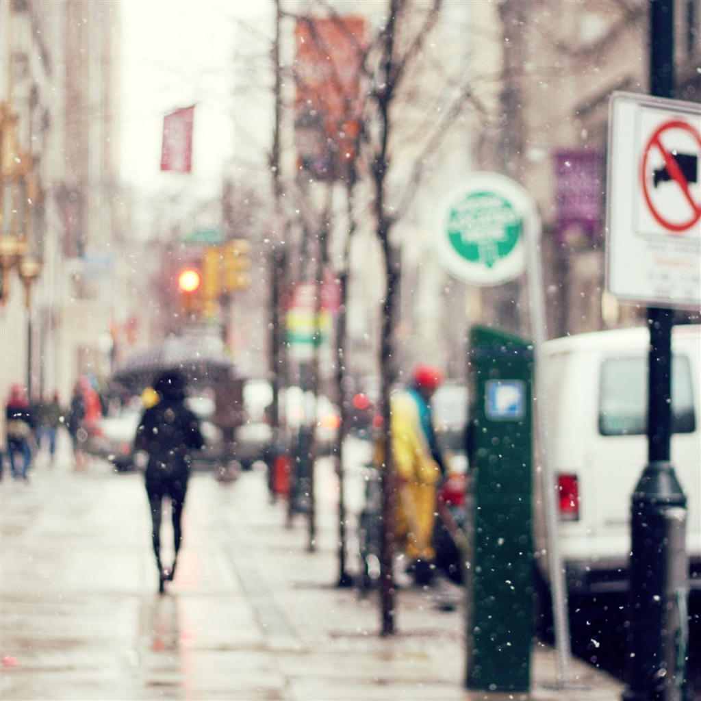 Rainy-Street-ipad-4-wallpaper-ilikewallpaper_com_1024