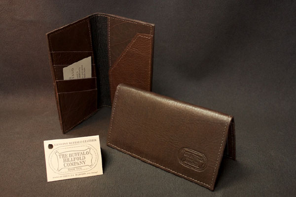 Different-types-of-men-wallet-checkbook